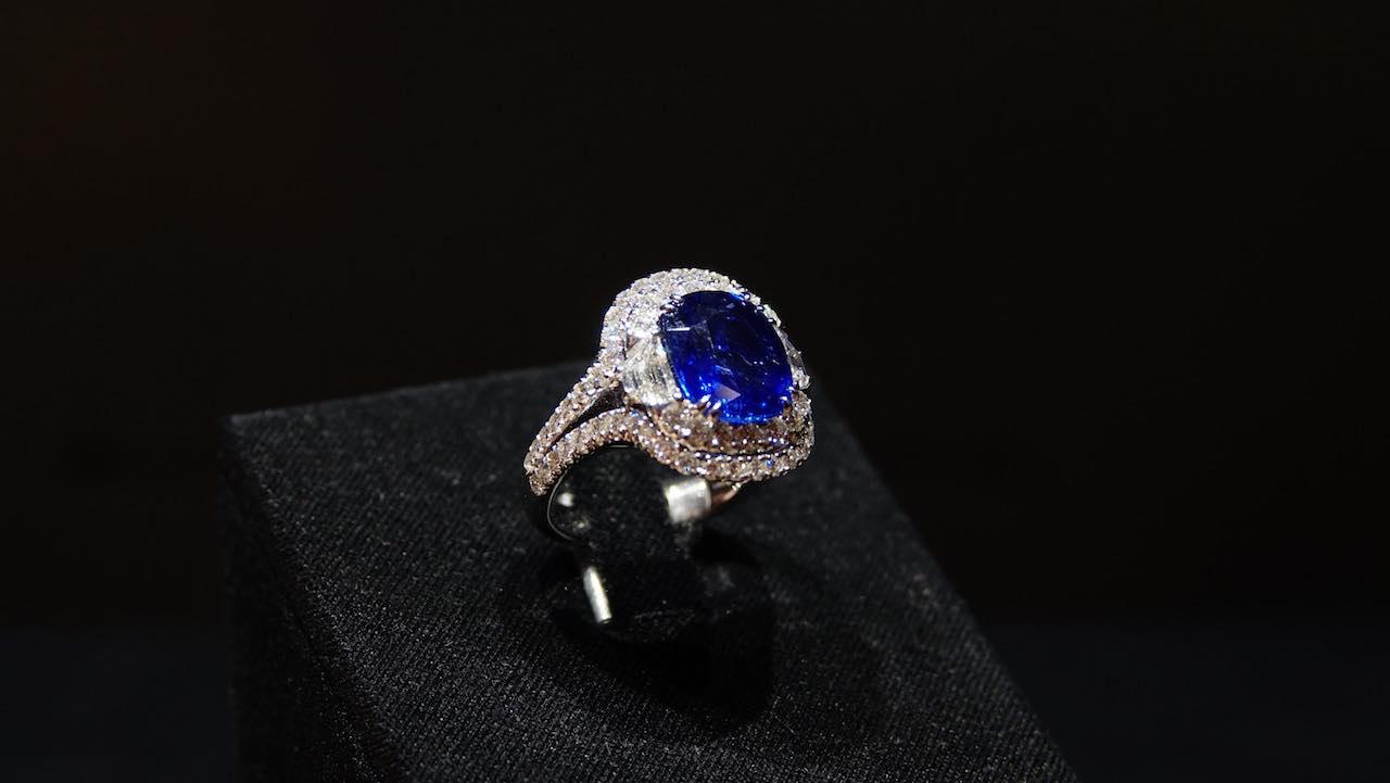 Rolex milano rivenditore autorizzato ronchi gioielli for Siti cinesi gioielli