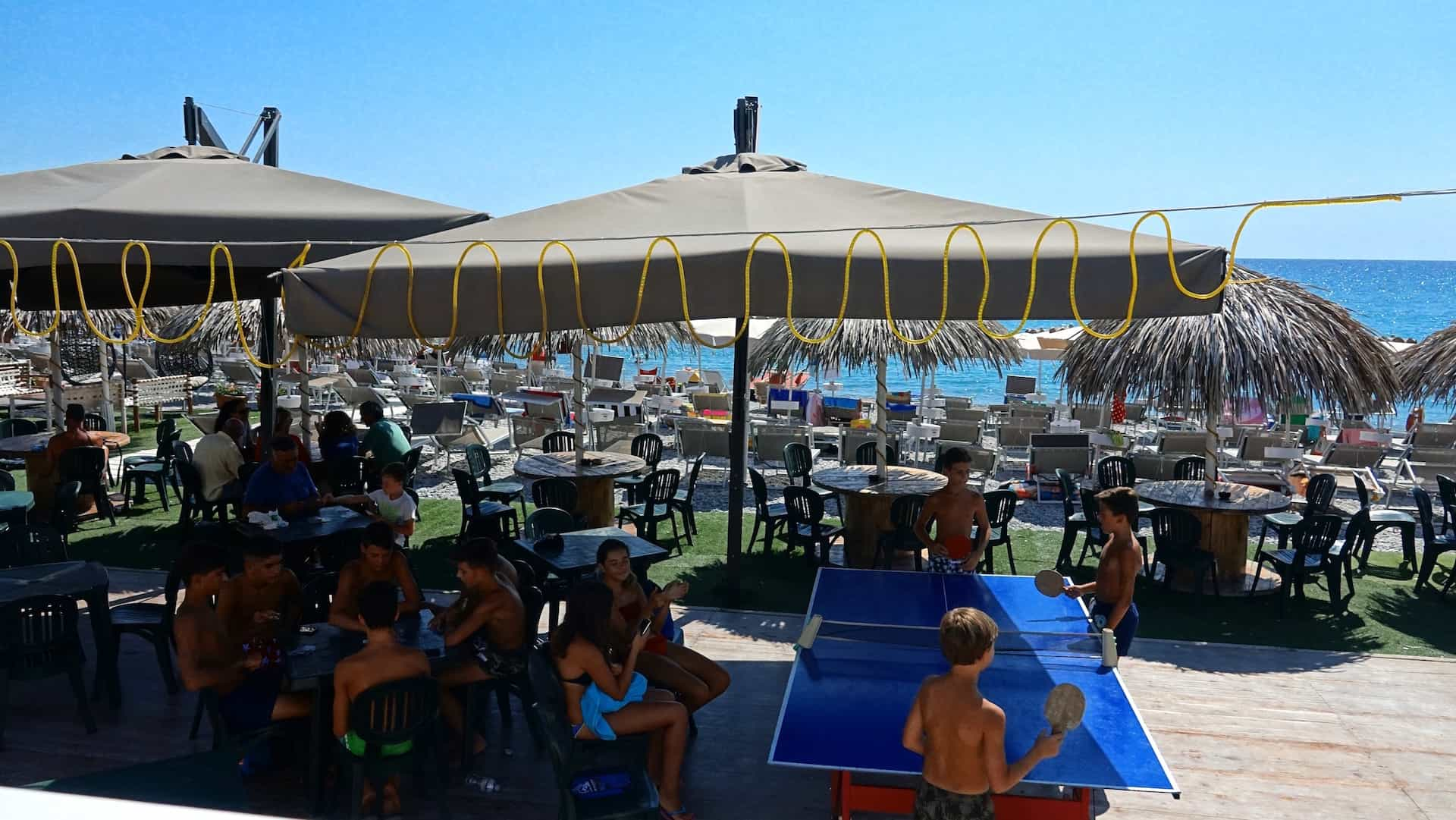 Lounge bar19200