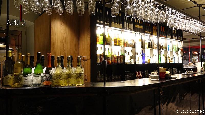 Arri's Bar