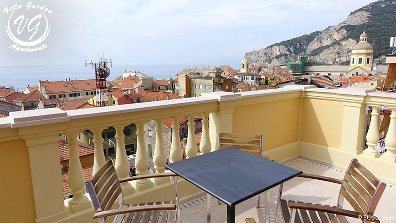 Letti A Castello Finalborgo.Appartamenti In Villa Residenziale Finale Ligure